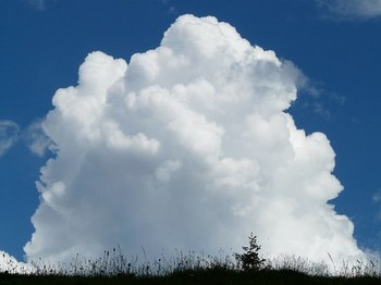 cloud-8075__340.jpg